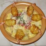 Ravioli cu ciuperci si creveti in cuib de cartofi