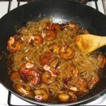 Creveti prajiti cu sos dulce si taitei de orez