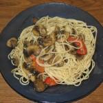 Paste cu ciuperci si usturoi
