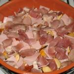 Al doilea strat de sunca si carne de porc