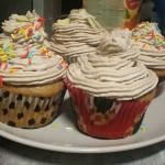 Cupcakes cu visine si mousse de ciocolata